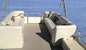 Pontoon boat rentals shuswap lake, bc