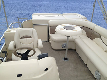 450-Pontoon-Rear-View